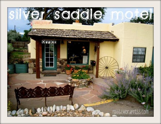 silver saddle motel santa fe nm nikkibi. Black Bedroom Furniture Sets. Home Design Ideas